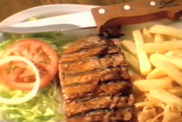 13.Steak knife steak
