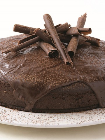 Rich Chocolate Cake-002